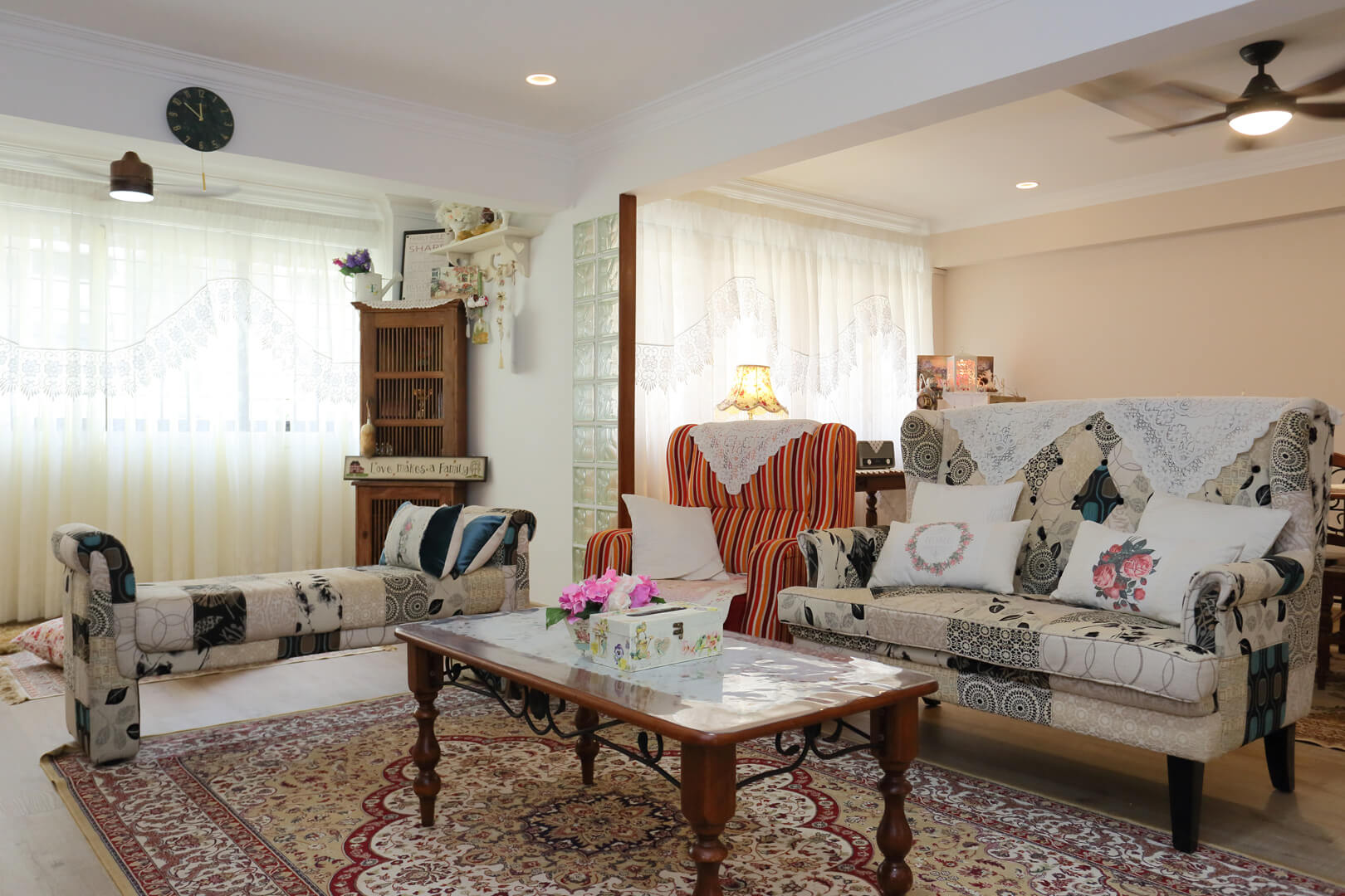 Country Chic Ambiance Interior Design Living Room View